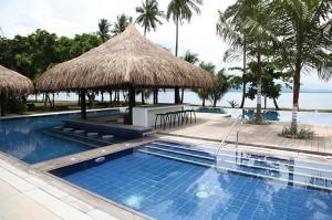Banana-Beach-Pool-6